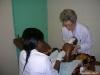 Encadrement étudiante en médecine lors de la réalisation de ponction lombaire